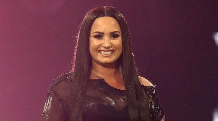 Demi Lovato reveals her sexuality is fluid: I think love is love - The News International