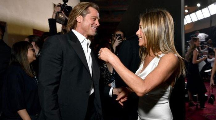 Jennifer Aniston, Brad Pitt 'falling back in love' and 'secretly dating' after SAG reunion?