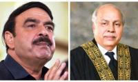 Railways minister should have resigned after train inferno, observes CJP Gulzar
