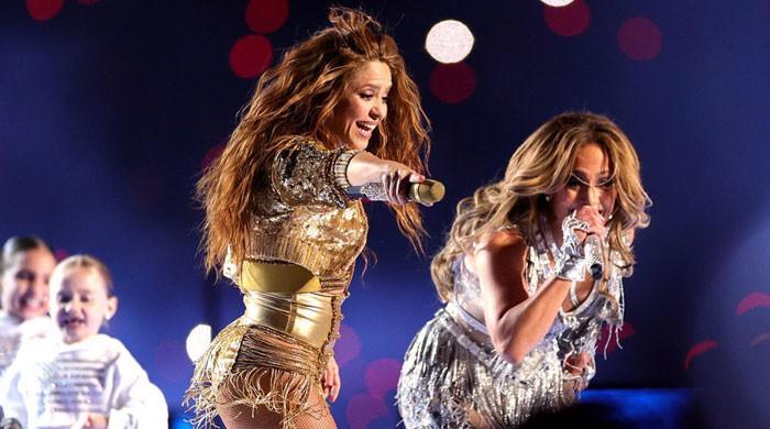Jennifer Lopez, Shakira wow the crowd at Super Bowl halftime show