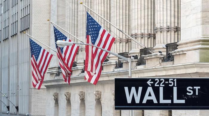 US stocks mixed over coronavirus outbreak