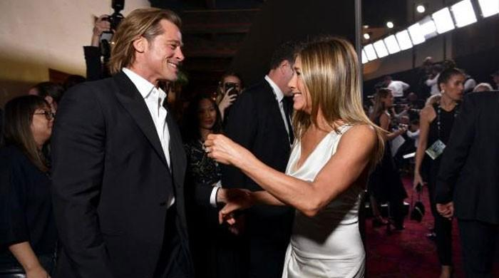 SHOCKING: Jennifer Aniston made Brad Pitt cry uncontrollably at SAG awards? - The News International