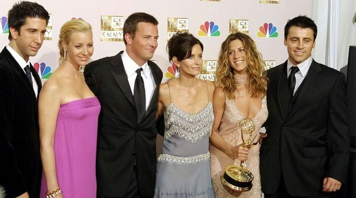 Jennifer Aniston, Courteney Cox and remaining cast of Friends reuniting for 25th anniversary - The News International