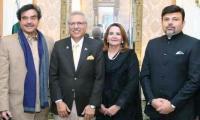 President Alvi, Shatrugan Sinha discuss building 'peace bridges' in meeting