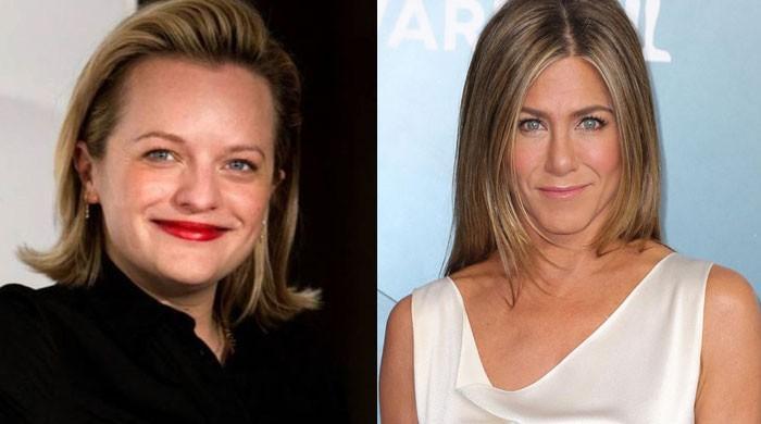 Elisabeth Moss reveals she was uninvited guest on Jennifer Anistons birthday - The News International