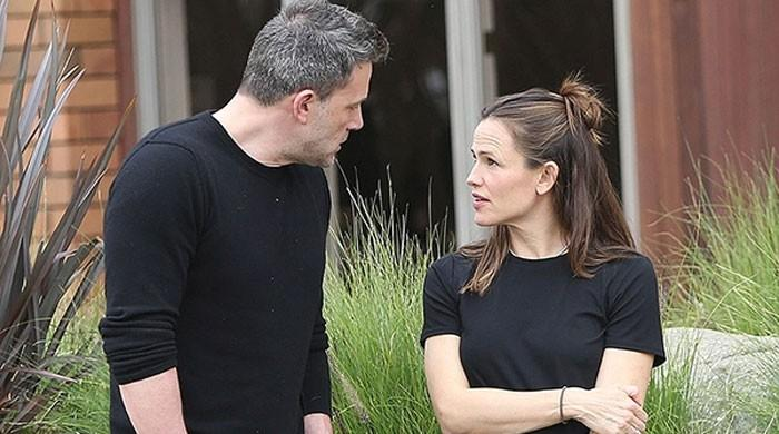 Ben Affleck reunites with ex-wife Jennifer Garner days after professing love for her - The News International