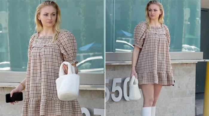 Sophie Turner dons maternity dress making pregnancy rumours intensify - The News International