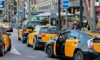 Pakistani cab drivers in Spain provide free services to medical staff amid coronavirus panic