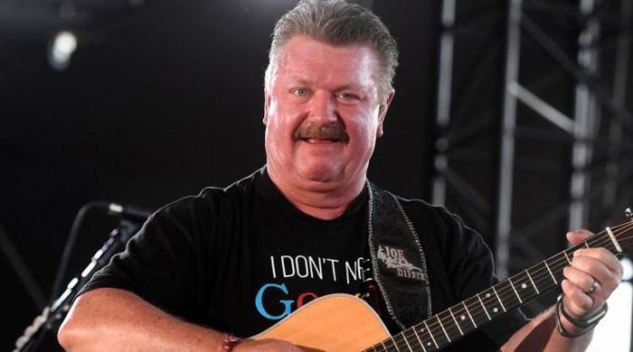 Joe Diffie, country music legend, dies of coronavirus at 61