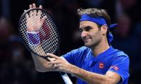 Roger Federer delights fans on Twitter with video of trick shots