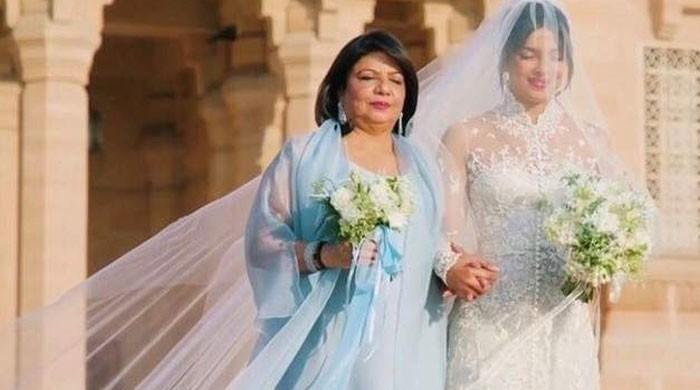 Priyanka Chopra's mom anxious about daughter as corona escalates in the US