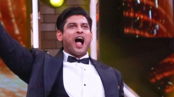 Sidharth Shukla wins hearts on social media for THIS reason: Check Out