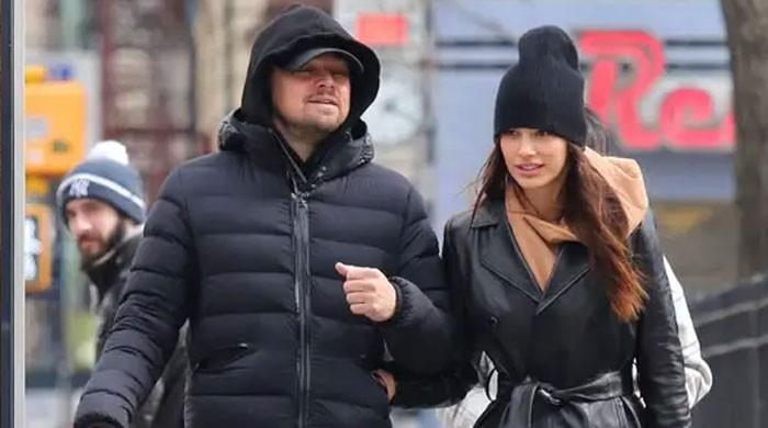 Leonardo DiCaprio and girlfriend Camila Morrone look ethereal during stroll - The News International