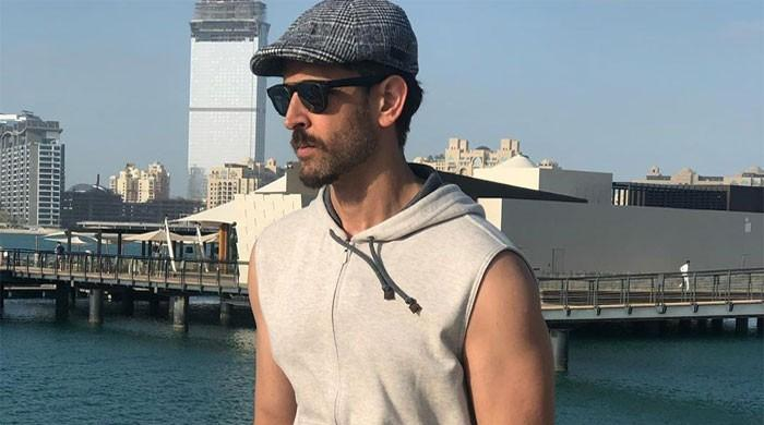 Hrithik Roshan tells son some rules of playing chess