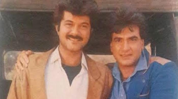 Anil Kapoor sends love, wishes to 'forever iconic' Jeetendra on his 78th birthday