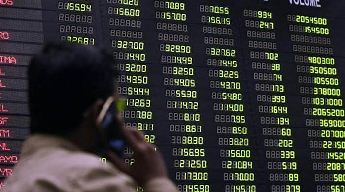 PSX loses 264 points to close at 33,728 points