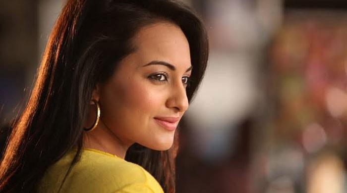 Sonakshi Sinha opens up on her romance rumours with Shahid Kapoor - The News International