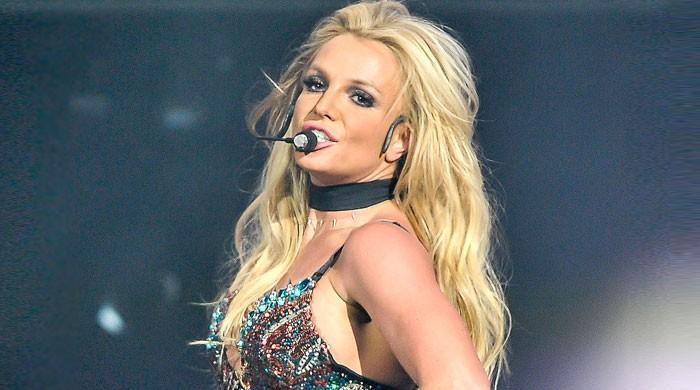 Britney Spears releases her unheard track Mood Ring in US - The News International