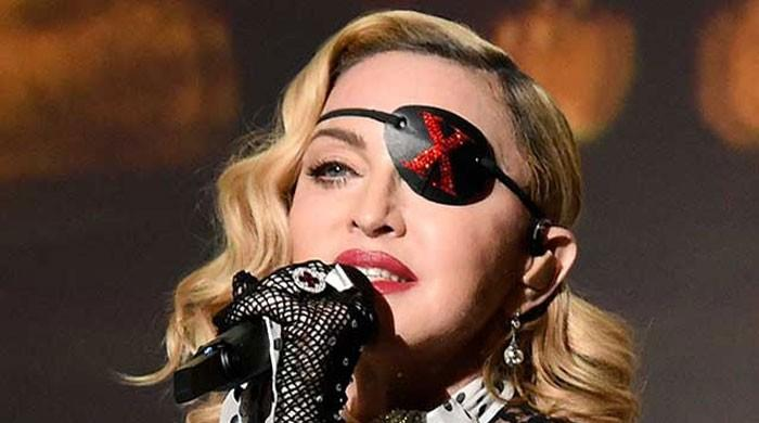 Madonna shares sons video dancing to Michael Jacksons song to pay tribute to George Floyd - The News International