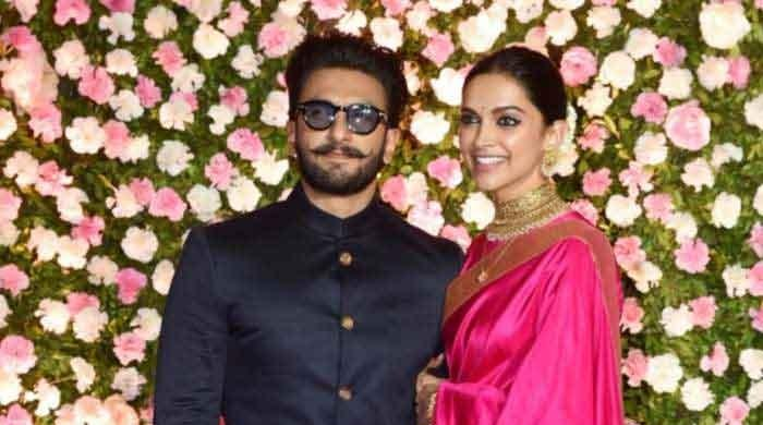 Ranveer Singh saved as Handsome in Deepika Padukones contact list - The News International