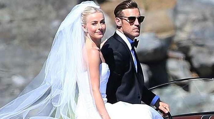 Julianne Hough and Brooks Laich officially split after two years of marriage - The News International