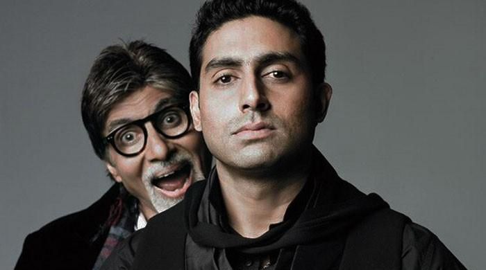 Amitabh Bachchan dejected about returning home without Abhishek after recovery