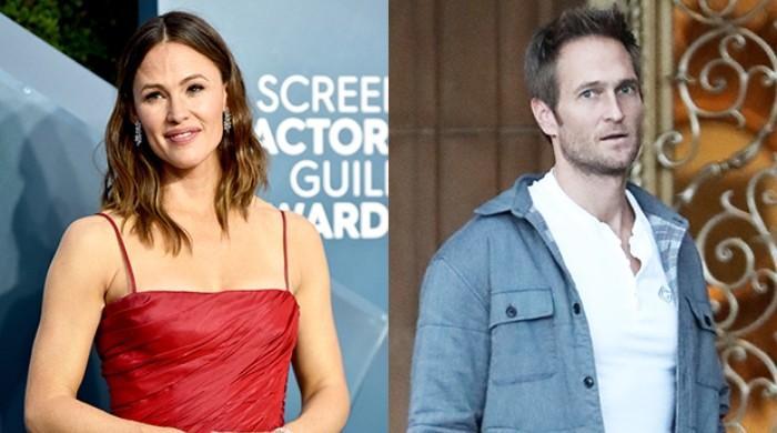 Jennifer Garner, Bradley Cooper spark romance buzz amid split with John Miller - The News International