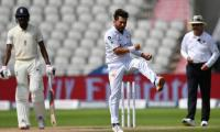 Yasir Shah bags three wickets as Pakistan maintain grip on first Test against England