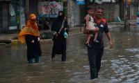 Fifteen die as heavy rains lash Karachi