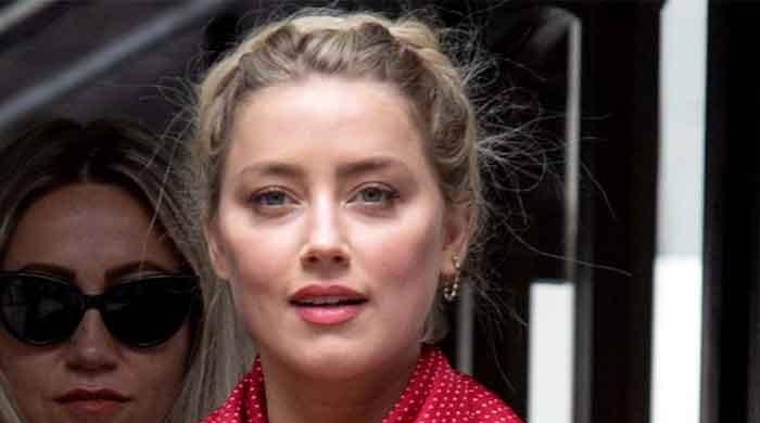 Amber Heard looks gorgeous in latest picture