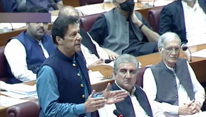 715724 7182986 Imran Khan updates