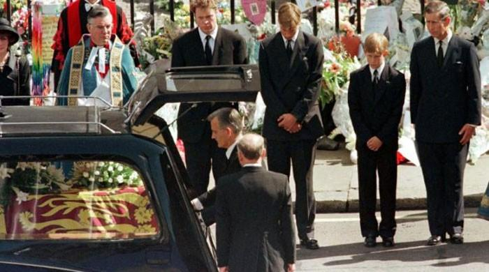 Prince Charles fought the Queen to give Diana a funeral that 'truly honoured her - The News International