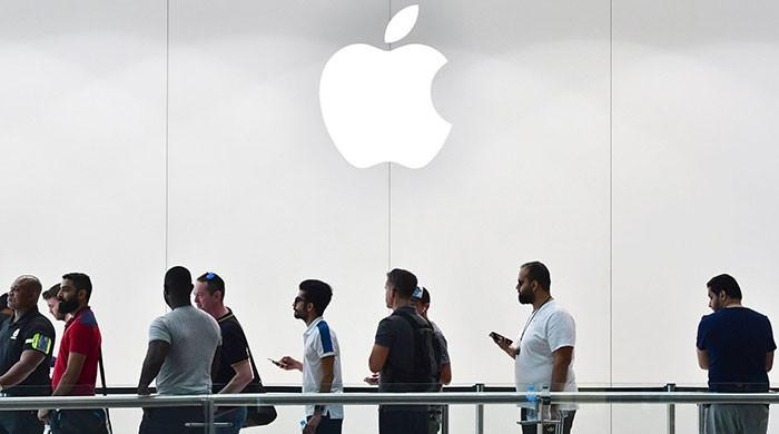 Apple announces to open first online store in India next week