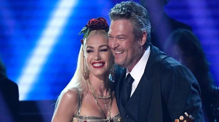 Gwen Stefani, Blake Shelton facing financial hardship amid quarantine - The News International