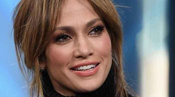 Jennifer Lopezs new Instagram picture breaks the internet - The News International