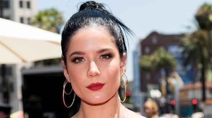 Halsey writes an endearing message for BTS