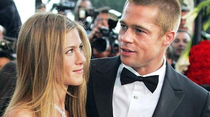 Jennifer Aniston and Brad Pitt flirt with each other a lot: source