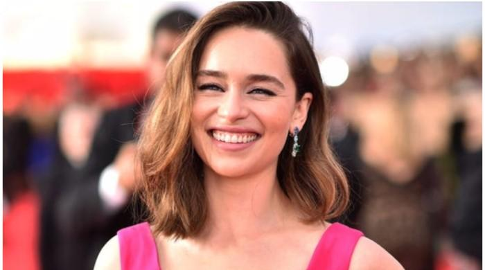 Emilia Clarke believes past brain injuries aided her in dealing with COVID-19 - The News International
