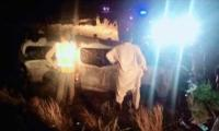 13 killed, 5 injured as van crashes on Super Highway near Karachi