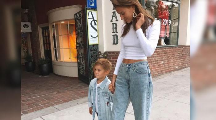 Brad Pitts girlfriend Nicole Poturalski reunites with son Emil - The News International
