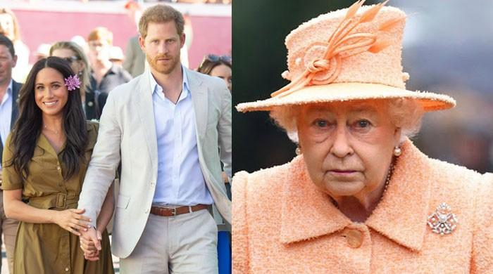 Queen Elizabeth 'disappointed' about Harry, Meghan giving Christmas in UK a miss