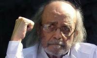 Senior journalist Saleem Asmi passes away in Karachi