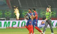 Karachi Kings beat Lahore Qalandars to win their first PSL final