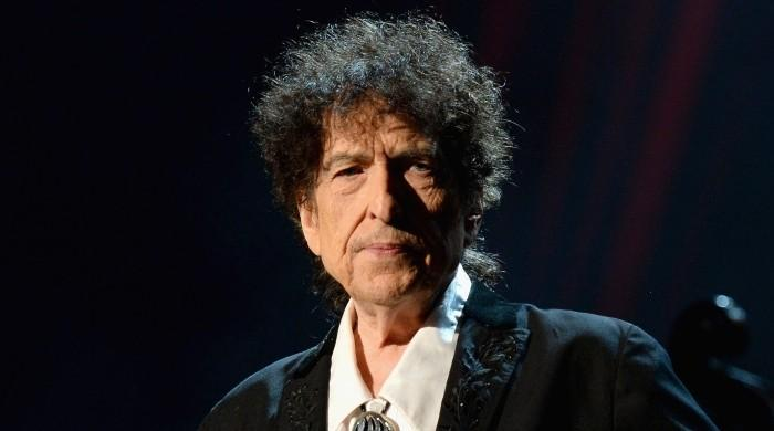 Bob Dylan is still alive: MSNBC issues apology after false reporting