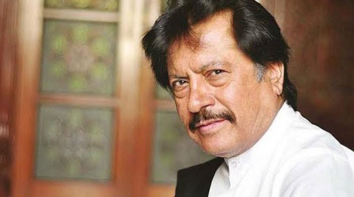Attaullah Khan Esakhailvi quashes death rumours, says he is in good health