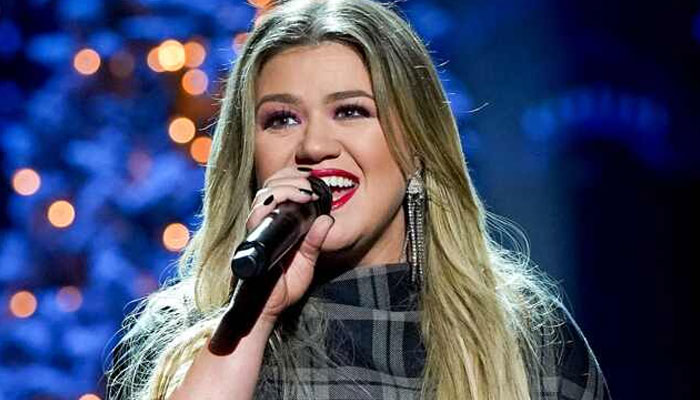 Kelly Clarkson reveals the song helping her through divorce row