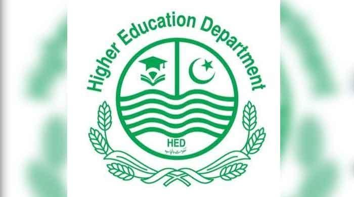 To meet the shortage of college teachers, 300 interns will be hired by Punjab HED