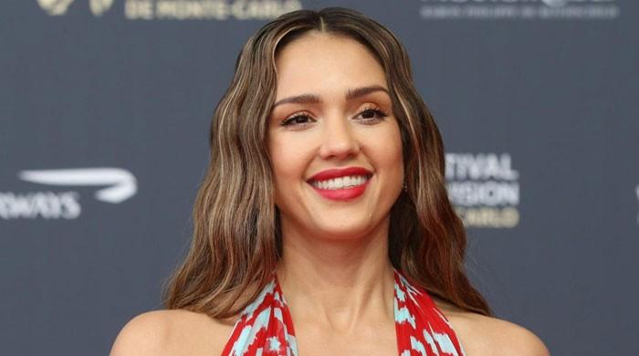 Jessica Alba daughter shell-shocked over mom's fame: 'What is happening here?'