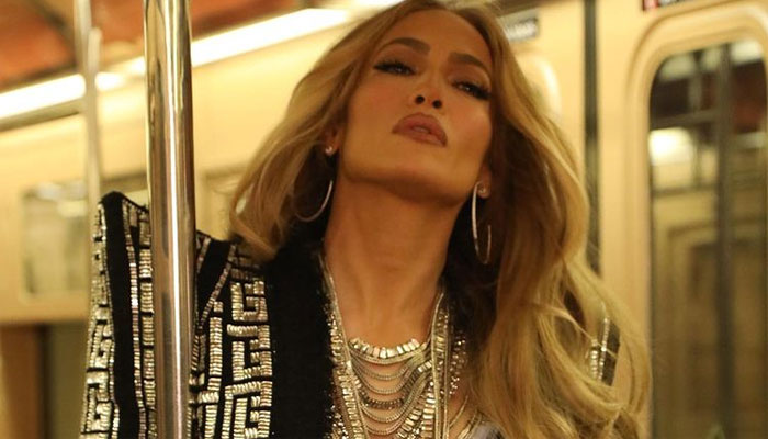 Jennifer Lopez thanks US soldiers guarding Washington DC for their 'service and sacrifice