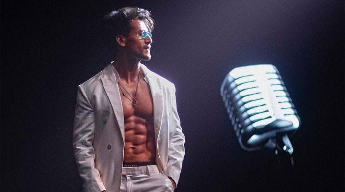 Tiger Shroff gives sneak peek into his preparations for song 'Casanova'